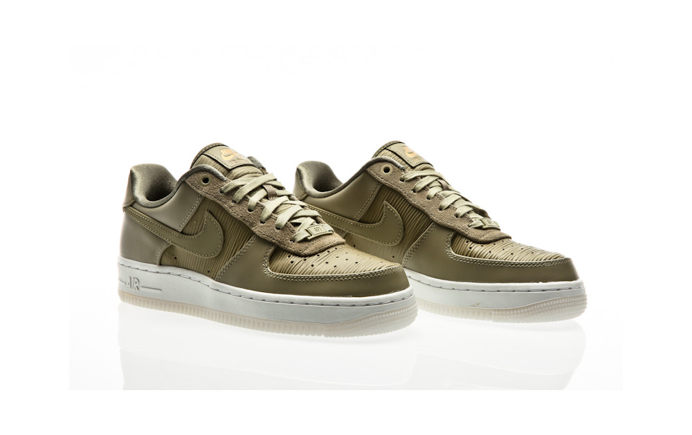 33889b132 ... Nike Air Force 1 07 Lux Shoe WMNS neutral olive-neutral olive-summit  white ...