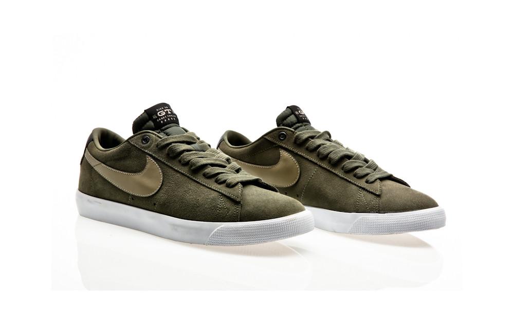 17fe9f9cce1b2 ... Nike SB Blazer Low GT QS cargo khaki gum light brown-black-bamboo ...