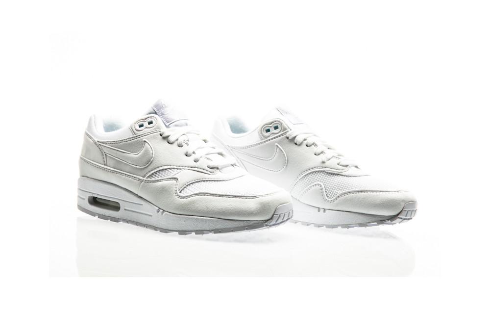 Nike Air Max 1 Shoe Womens 319986 108 white| Orange Jungle