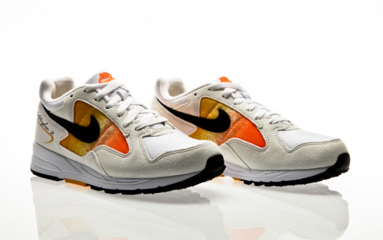 Nike Air Skylon II Womens white-black-amarillo-total orange