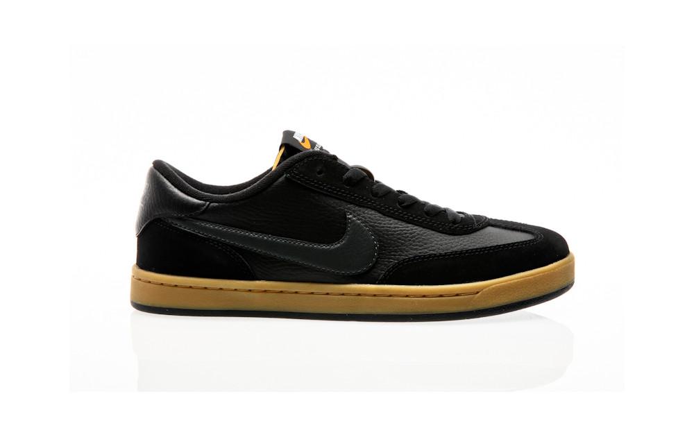 b17a2f60f863 Nike SB FC Classic black-anthracite-black-vivid orange ...