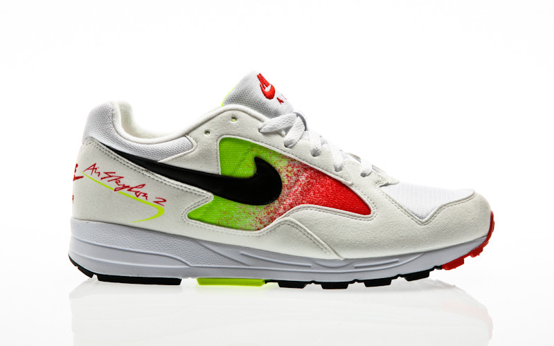 Nike Air Skylon II white-black-volt-habanero red