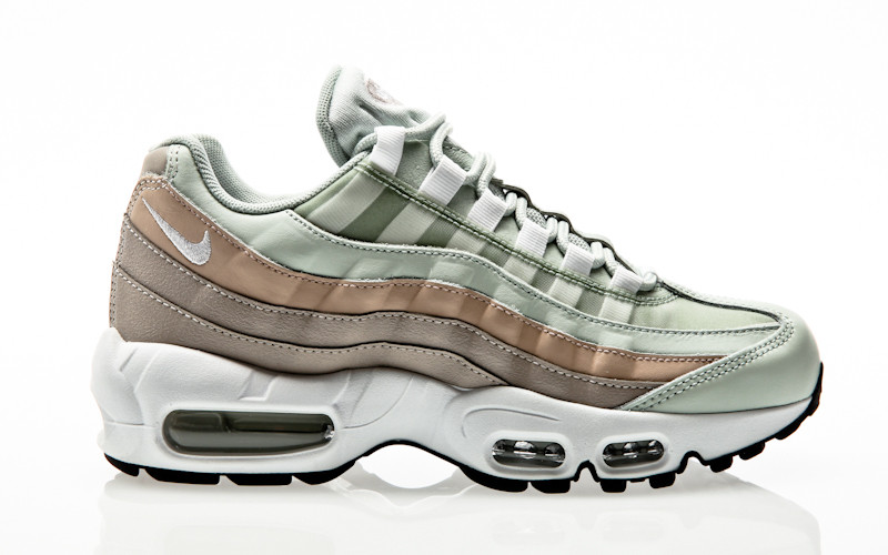 online store 3c1ef 1ff72 Nike Air Max 95 Shoe light silver-white-moon particle
