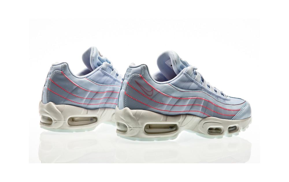 quality design 8de05 dfcd3 ... Nike Air Max 95 SE Shoe half blue-half blue-summit white ...