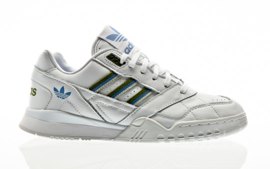 adidas Originals A.R. Trainer W footwear white-tech olive-real blue