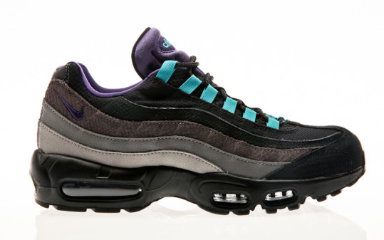 Nike Air Max 95 LV8 black-court purple-teal nebula