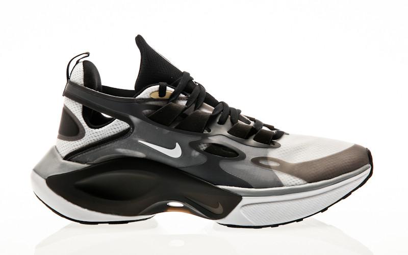 Nike Signal D/MS/X black-white-football grey-pale vanilla