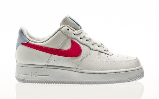 Nike W Air Force 1 07 white-fire pink-hydrogen blue