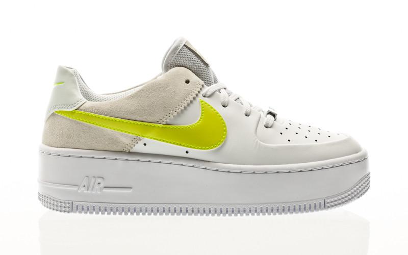 Nike W Air Force 1 Sage Low white-lemon venom-pure platinum-fossil