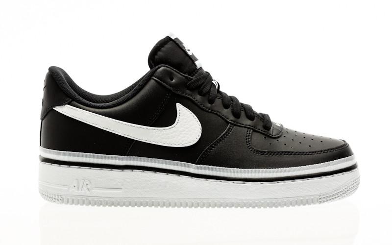 Nike Air Force 1 07 Lv8 black-white-wolf grey