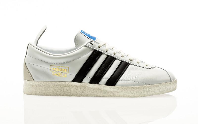 adidas Originals Gazelle Vintage footwear white-core black-gold metallic
