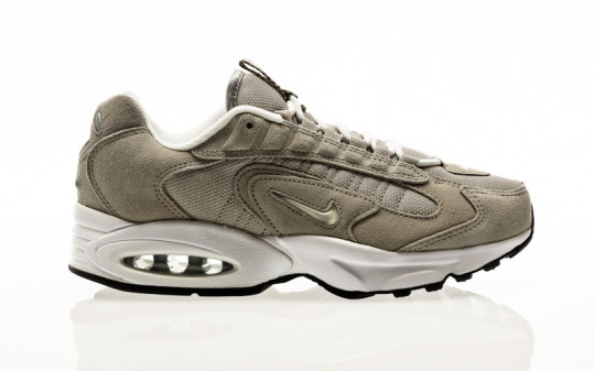 Nike Air Max Triax cobblestone-white-metallic silver-black
