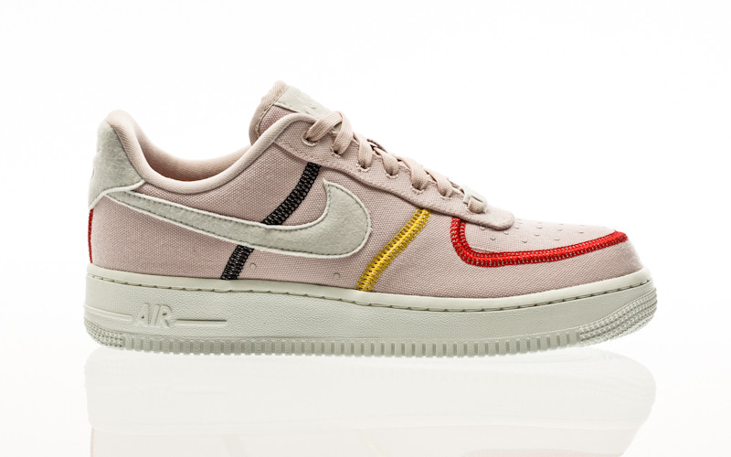 Nike Air Force 1 07 LX silt red-photon dust-bright citron