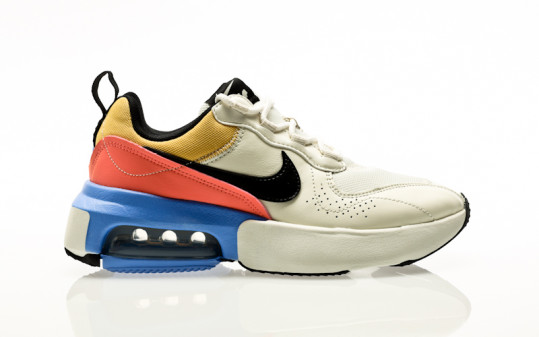 Nike W Air Max Verona sail-black-royal pulse-atomic pink