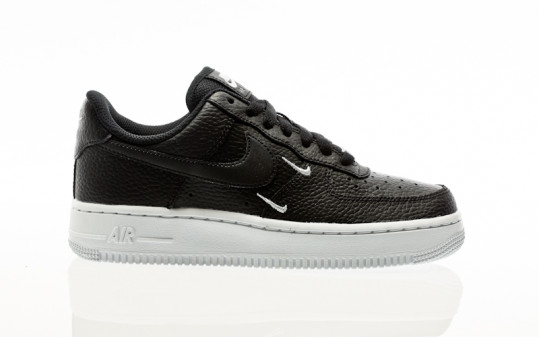 Nike W Air Force 1 07 Essential black-black-metallic silver-white