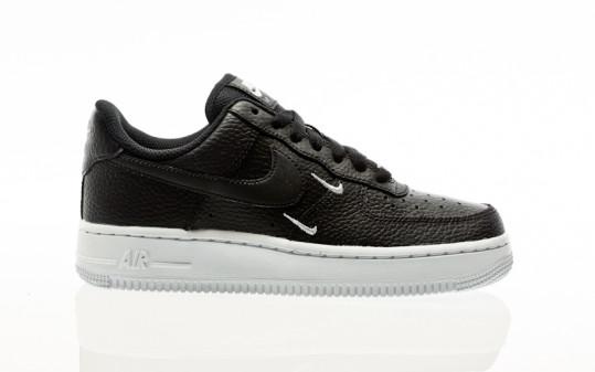 Nike W Air Force 1 07 Essential black-black-metallic silver-white