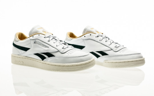 Reebok Club C Revenge white-gold metallic-forest green