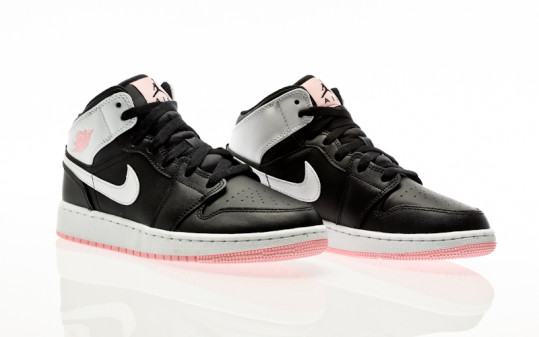 Nike Air Jordan 1 Mid black-white-arctic punch