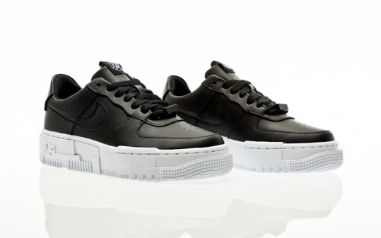 Nike W Air Force 1 Pixel black-black-white-black