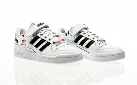 adidas Originals Forum Low W footwear white-core black-true pink