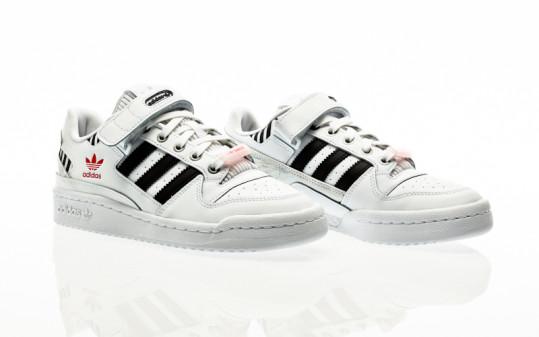 adidas Originals Forum Low W footwear white-core black-true pink