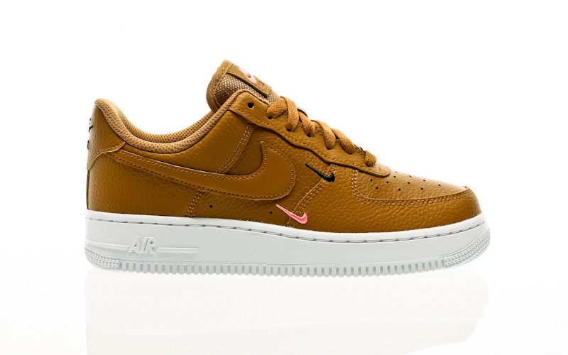 Nike Air Force 1 07 Essential wheat-wheat-sunset pulse-black