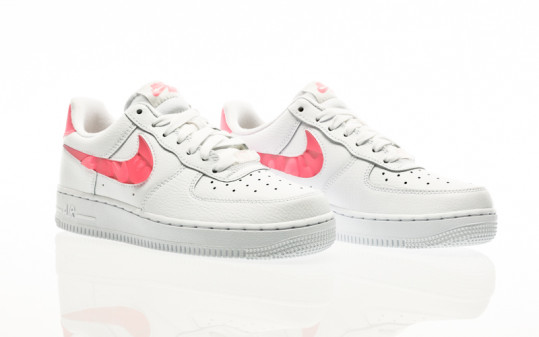 Nike W Air Force 1 07 SE white-sunset pulse-black-clear