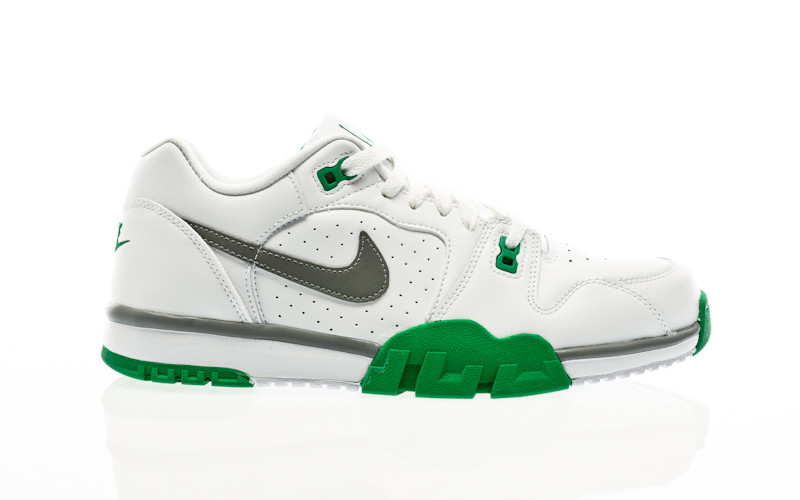 Nike Cross Trainer Low white-particle grey-lucky green
