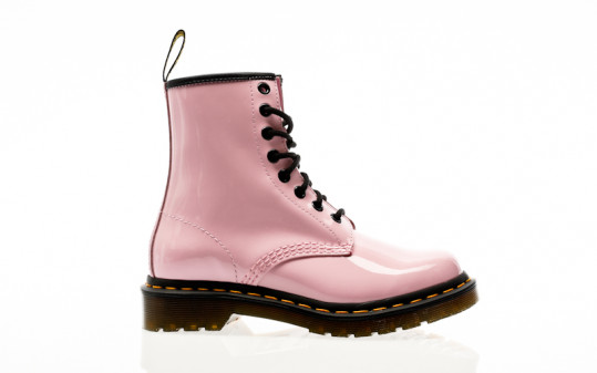 Dr. Martens 1460 W pale pink patent lamper