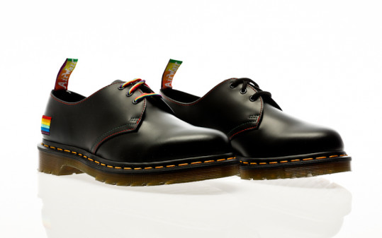 Dr. Martens 1461 Pride for pride black smooth