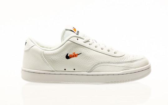 Nike Court Vintage Premium white-black-total orange