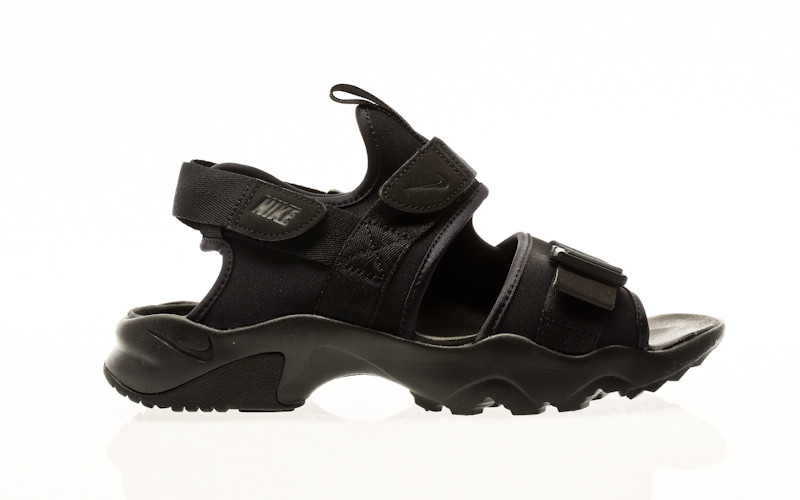 Nike Canyon black-black-black