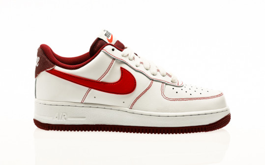 Nike Air Force 1 07 white-university red-team red-sail