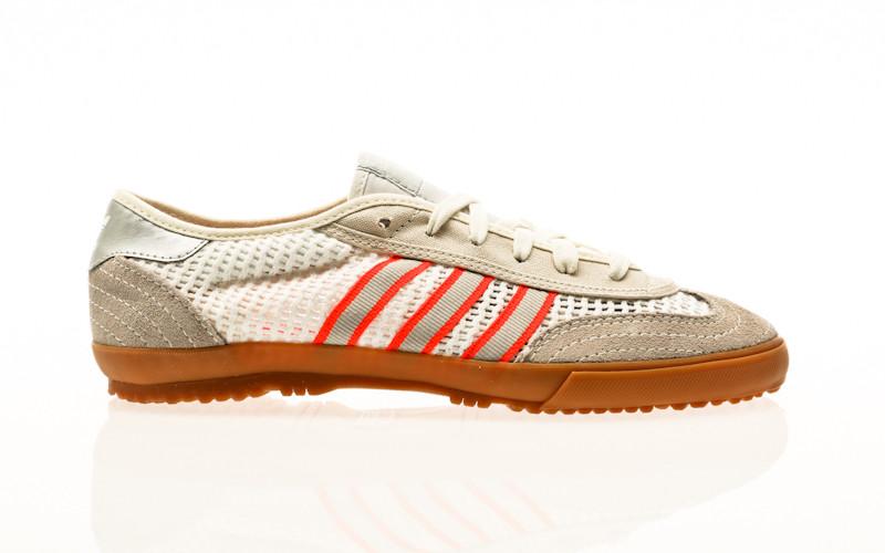 adidas Originals Tischtennis footwear white-metallic silver-solar red