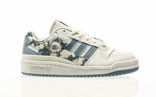 adidas Originals Forum Low W footwear white white-ambient sky-legend ink