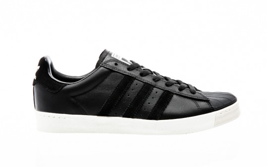 adidas Skateboarding Superstar VULC ADV core black-core black-chalk white