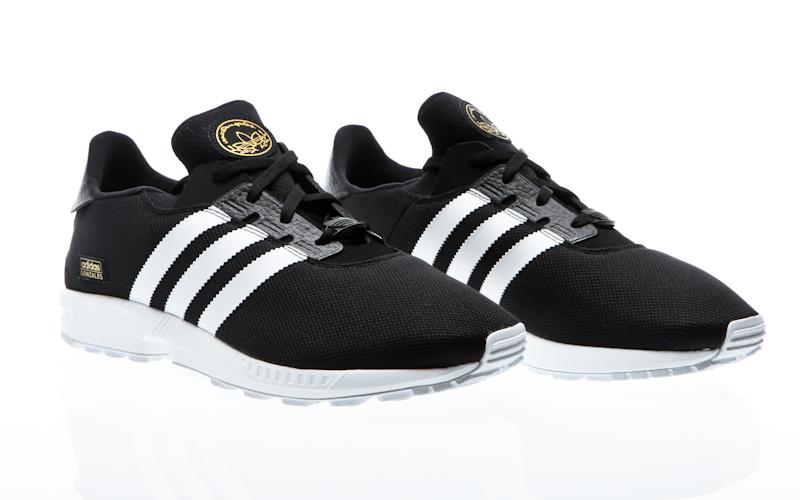 cheap for discount 09806 20681 Flujo de Adidas ZX plus base negro base negro vintage blanco S75529  zapatillas zapatos