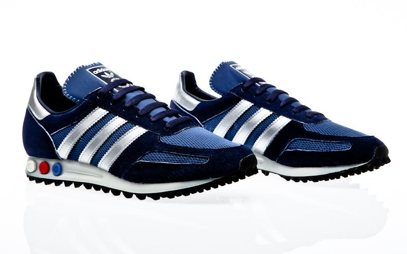 reputable site eed52 29c61 adidas originals la trainers OG core black core black off white S79944  sneaker shoes