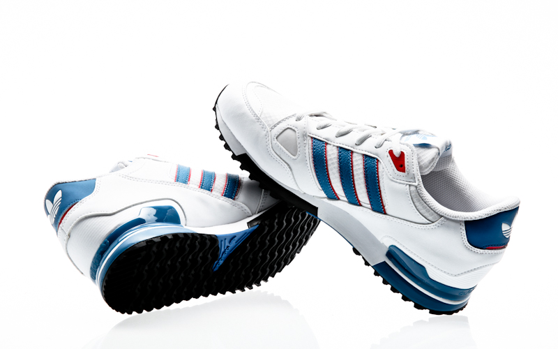 adidas originals zx 750 blue white red