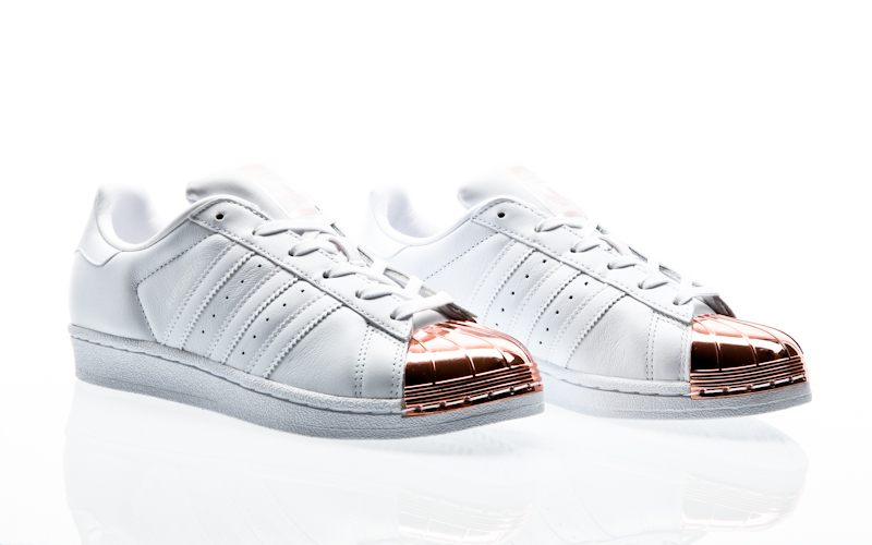 wholesale dealer 8d13b 81394 nucleo di Adidas originals superstar punta metallo W Steven nero-ftwr  BY2883 sneaker scarpe bianco