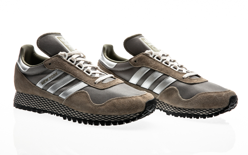adidas originals New York core black-silver metallic-core black BY9339  sneaker shoes 599fe320d69