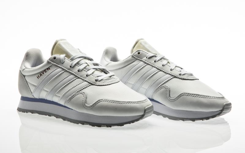 buy popular 17ad2 3f993 adidas Originals Samba OG W Relay ftwr white-ftwr white-soft vision Women  Casual CG6097