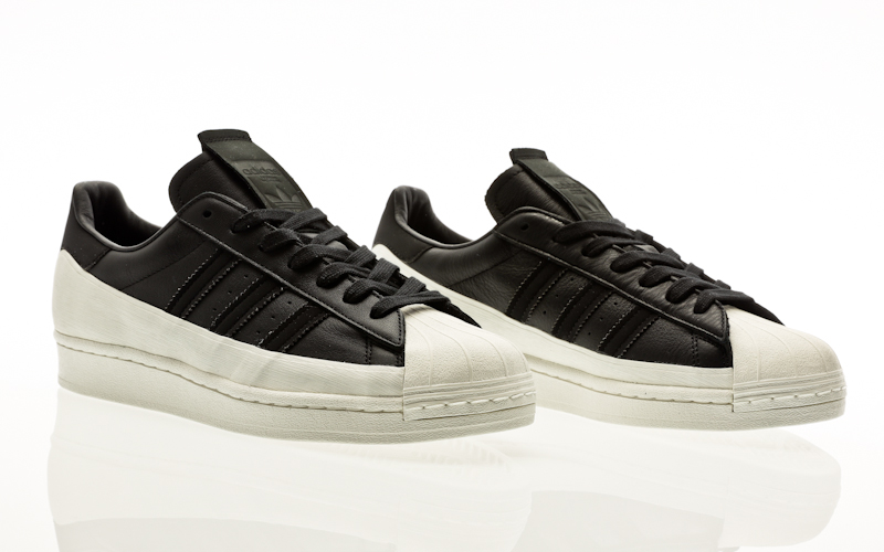 come pulire le adidas superstar